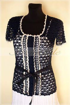 Replica of Kate Middleton Royal blouse White by Irenastyle on Etsy, $199.00