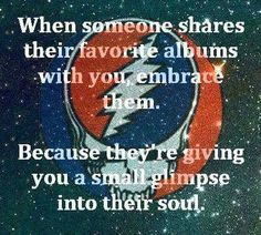 If only this was true. Some people have no soul to glimpse. Grateful Dead Quotes, Grateful Dead Image, Grateful Dead Poster, Hippie Quotes, Dead And Company, Forever Grateful, Music Quotes, Music Memes, Music Stuff
