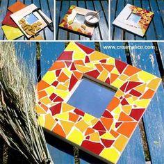 diy-miroir-mosaïque Mirror Mosaic, Mosaic Diy, Mosaic Crafts, Mosaic Glass, Mosaic Ideas, Diy Crafts For Kids, Arts And Crafts, Craft Ideas, Theme Nature