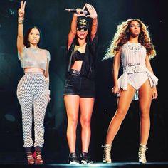 OMG: Rihanna pode ter musica com Nicki Minaj e Beyonce no #R8 ...