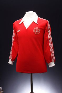 Retro New Football Shirts, Classic Football Shirts, Football Kits, Vintage Football, Doncaster Rovers, Football Fashion, Soccer, Club, Logo