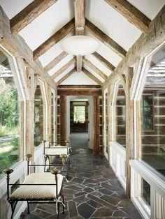Melrose House, Log Cabin Designs, Wooden Cottage, Mountain Cottage, Jackson Hole Wyoming, Western Homes, Breezeway, Elle Decor, Cheap Home Decor