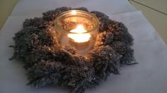 Candle Holders, Candles, Diy, Pom Poms, Center Table, Visual Arts, Noel, Lantern Candle Holders, Walking