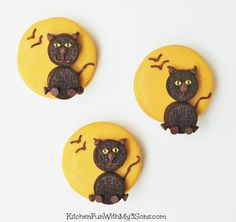 All you need is Oreo's & some sprinkles to create these cute black ca...
