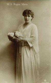 Königin Marie von Rumänien, Queen of Romania nee Princess of Edinburg 1875 – 1938 Romanian Royal Family, Ferdinand, Amen, Royalty, Descendants, Edinburgh, Statue, Princess, History