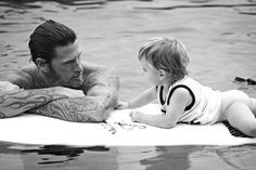 hopefully, my children would know something about what its like to grow up around the ocean. and hopefully, surfing would be involved. Surfer Kids, Families Are Forever, You Are Cute, Poses For Men, Surfs, Family Love, Baby Daddy, Belle Photo, Family Photos