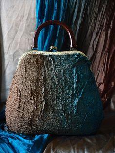 """Купить Сумка """" Королевские будни """" - абстрактный, валяная сумка, войлочная сумка, grinat"""