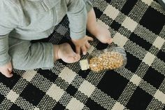 Sensory Learning Activities for 1-Year Olds - Motherly Sensory Activities, Infant Activities, Learning Activities, Children Activities, Baby Sensory, Sensory Bins, Indoor Activities, Play To Learn, New Things To Learn