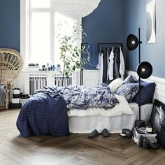 """12.4k Likes, 47 Comments - H&M Home (@hm_home) on Instagram: """"Update your bedroom with beautiful bed linen in dreamy blues 💎#HMHome"""""""