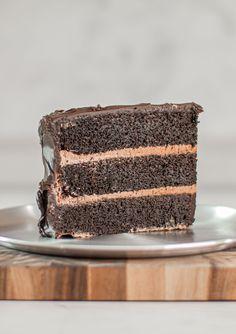 Giant Matilda Cake inspired by the movie! - www.thescranline.com Choco Chocolate, Chocolate Delight, I Love Chocolate, Matilda Cake, Cake Recipes, Dessert Recipes, Ganache Recipe, Cake Tasting, Cake Servings