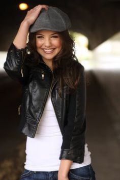 Character inspiration for Veronica Welling (Danielle Campbell)