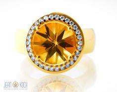 Gebrüder Schaffrath Diamantenmanufaktur - Ring in 750/- Gelbgold mit einem Palmeira Citrin Highreflection Cut, umrundet von feinsten Diamanten.