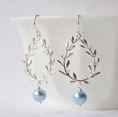 Laurel Wreath Silver and Blue Dangle Earrings от PeriniDesigns, $21.00