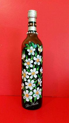 Soda Bottle Crafts, Glass Bottle Crafts, Wine Bottle Art, Diy Bottle, Painted Glass Bottles, Lighted Wine Bottles, Glass Painting Designs, Wedding Wine Bottles, Christmas Wine Bottles