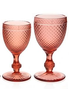 Diamond studded glass in colour pink, add some fun to your table.  Sizes: medium 200ml and large 300ml