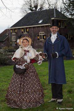 Trudy en Jos Ostendorf tijdens de kerstmarkt in Lisse.