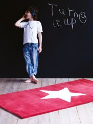 Star Rug - Red