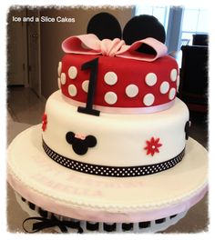 Minnie Mouse Cake For A 1st Birthday