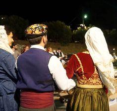 Χορωδείον - διδασκαλείο παραδοσιακού χορού & μουσικής