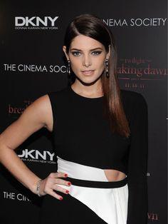 581427  the twilight saga   breaking dawn   part 1  premiere in new york city   november 16  2011 #Twilight