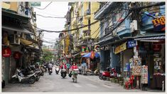 De Old Quarter van Hanoi, Vietnam. Lees alle highlights van Hanoi op www. Hanoi Old Quarter, Hanoi Vietnam, Street View, Temples