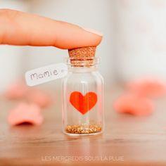 Un Petit Cœur pour Mamie Petit bocal en verre coeur amour DIY Convenience Store, Lifestyle, Instagram, Father's Day, Red Paper, Paper Glue, Making Memories, Convinience Store