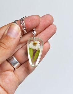 flower in resin jewelry
