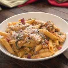 creamy penne with bacon and Parmesan, lunch idea. Sub greek yogurt for heavy cream, cut cheese in use turkey bacon and whole wheat pasta, add mushrooms Bacon Pasta Recipes, Chicken Bacon Pasta, Chicken Recipes, Balsamic Chicken, Chicken Alfredo, Chicken Bacon Casserole, Creamy Chicken Pasta, Creamy Pasta Recipes, Chicken Sauce