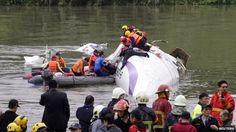 Fancy TV: TransAsia crash: Taiwan plane in deadly river cras...