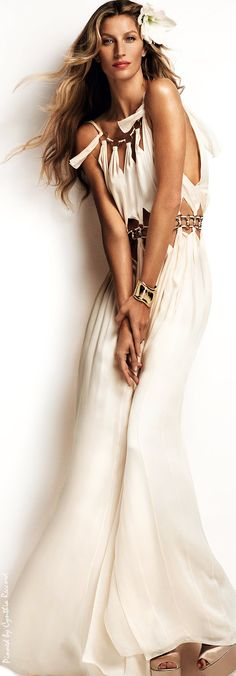 Boho dress. For more follow www.pinterest.com/ninayay and stay positively #pinspired #pinspire @ninayay