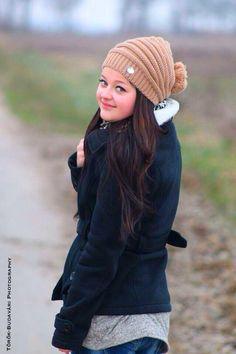 #girl #smile #winter #natur #road Girl Smile, Winter Hats, Crochet Hats, Photography, Fashion, Knitting Hats, Moda, Photograph, Fashion Styles