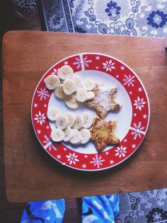 French toast shooting star breakfast for toddlers