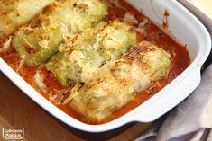 Mamy dla was sprawdzony przepis na klasyczne gołąbki z ryżem i mięsem w sosie pomidorowym. Wiadomo, są pyszne, ale mogą być jeszcze lepsze, jeśli zapieczecie je z kapustą kiszoną. Lubimy gołąbki w każdym wariancie, ale klasyczne, z ryżem i sosem pomidorowym, zawsze będą dla nas numerem jeden. Zazwyczaj wychodzi ich tyle, że potem zostają do … Polish Recipes, Polish Food, Cabbage Rolls, Cauliflower, Chicken Recipes, Vegetables, Google, Casserole, Eat Lunch