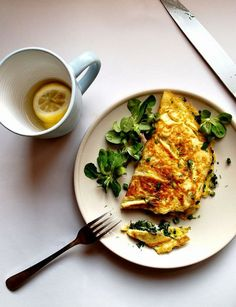 Feta, High Protein Breakfast, Omelet, Stop Eating, Crepes, Thai Red Curry, Risotto, Good Food, Brunch
