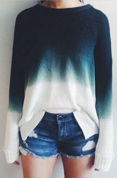 ombre sweater + denim shorts #omgoutfitideas #fashion #lookoftheday Gradient Color, Ombre Color, Blue Ombre, Winter Outfits, Casual Outfits, Casual Clothes, Cute Outfits, Ombre Shirt, Ombre Sweater