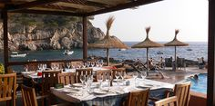 A consistently high quality dining experience with some amazing views of St. Elm and the bay. All the seafood here is excellent. August Holidays, Princess Yachts, Paradise On Earth, Beautiful Places To Visit, Beach Fun, Places To Go, Around The Worlds, Patio, Explore