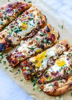 burrata breakfast pizza - looks like I need to make this brunch recipe soon! Pizza is my favorite food - why not have it for breakfast? Breakfast Desayunos, Best Breakfast Recipes, Brunch Recipes, Dinner Recipes, Mexican Breakfast, Breakfast Sandwiches, Brunch Ideas, Breakfast Ideas, Breakfast Photo