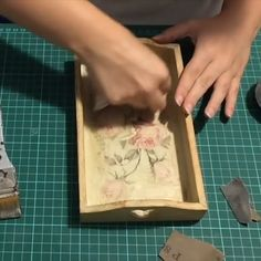 Best 11 Crafts For Girls Hobbies And Crafts Custom Stencils Craft Ideas Craft Projects Plaster Of Paris Goldwork Diy Plaster Painted Walls – Alaskacrochet Diy Home Crafts, Creative Crafts, Wood Crafts, Decoupage Box, Decoupage Vintage, Napkin Decoupage, Crafts For Girls, Hobbies And Crafts, Painted Trays