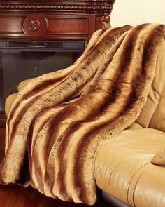 Everyone loves blankets, specially one made with our #Chinchilla #FakeFur #Fabric. It can keep us warm & cozy during cold days and nights.  http://bigzfabric.com/index.php/faux-fake-fur-3-tone-chinchilla-animal-long-pile-fabric-fading-brown-sold-by-the-yard.html