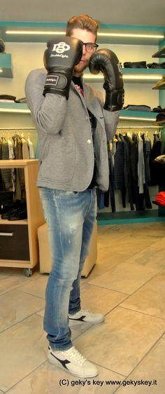Scarpe #Diadora Jeans #FifryFour T-Shirt #Imbrian Giacca #Doubleeight www.gekyskey.it