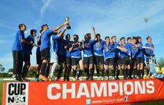"""Chicos de la B16 de CAA: Campeones en Dinamarca - Los chicos de Las Rosas y la región que llevaron nuestro fútbol a Dinamarca salieron campeones en el día de hoy, tras vencer al equipo noruego en la categoría B16, por 7 tantos a cero. Se trata del torneo """"CUP No. 1 2014"""" en Europa del norte.  Los locales fueron quienes obtuvieron mayor pun...  - http://www.info4web.com.ar/ultimo-momento/chicos-de-la-b16-de-caa-campeones-en-dinamarca/"""