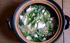 執筆記事が公開されました。大豆もやし、にら、鶏ささみ肉で簡単スープを作ります。