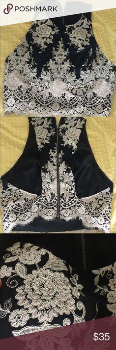 Alice + olivial Stacey bendet  vest Never been used Alice + Olivia Jackets & Coats Vests