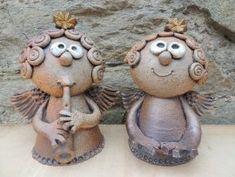 Michaela Lindovská | Galerie V-ATELIER Michaela, Bird Doodle, Pottery Classes, Mixed Media Art, Porcelain, Doodles, Teddy Bear, Clip Art, Diy Crafts