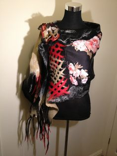 www.nadinsmo.com Italian corset - hand felted unique and amazing scarf wrap from pure merino wool and natural 100% Italian silk by Nadin Smo design