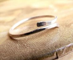 40 best handmade rings ever - #6 (by Pretty Things Galore)