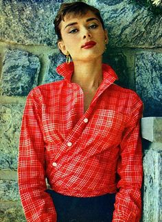 how to wear a button-up like a lady.... I love this...