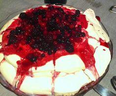 A minha Bimby faz...: Pavlova de Frutos Vermelhos
