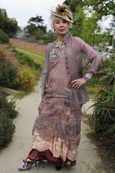 #Farbbberatung #Stilberatung #Farbenreich mit www.farben-reich.Krista Larson Love!