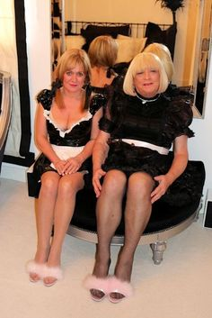 Hypnotized Maids with sissy hypnosis, every good sissy maid should be hypnotized.